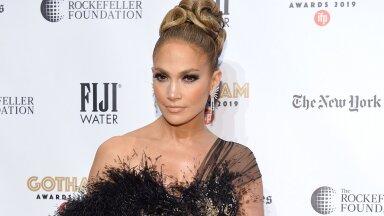 Söö nagu staar: Jennifer Lopezi imeliselt värske välimuse taga on tema lemmiktoit — kerge lehtkapsasalat juustuga