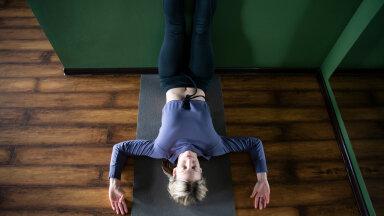 Kui sa kannatad stressi või liigesevalude käes, siis proovi neid lõõgastavaid asendeid