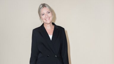 Veriffi personalijuht Kristina Lilleõis kandmas Ivo Nikkolo uut sügiskollektsiooni.