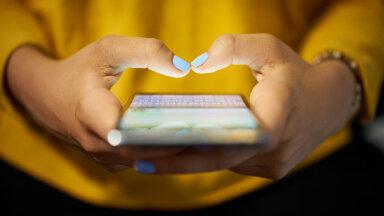 Fphubbing ja hakkama saab sõbrata, aga mitte mobiilita