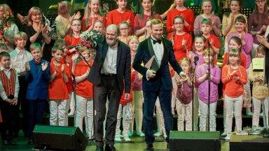 FOTOD | Kõlasid Arvo Pärdi lastelaulud, peatselt saab öisel kontserdil kuulata maestrot koos Erki Pärnojaga