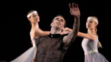 """Jevgeni Grib tantsis Murdmaa """"6. sümfoonias"""" ennastunustavalt ja lummavalt Tšaikovski rolli."""