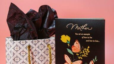 Как выбрать идеальный подарок для мамы с учетом ее характера и стиля? Объясняет дизайнер эстонского бренда VETKA