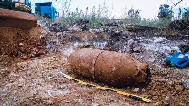 FOTO | Rakverest leiti 100-kilone lennukipomm