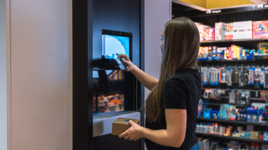 FOTOD | Eestlaste Cleveron aitab lahendada kasvavat probleemi ja tegi kioskitele ning väikepoodidele toote