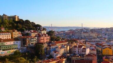 В Португалии вновь вводят ограничения из-за распространения нового штамма COVID-19