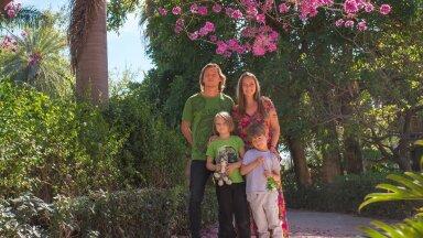 Málagas saavad Marju ja Artjom koos poiste Aleksandri ja Danieliga rohelust ja õiteilu nautida pea aasta ringi.