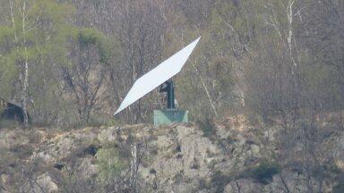 Viganellale päikesevalgust pakkuv peegel (Foto: Wikimedia Commons / Francoerbi)