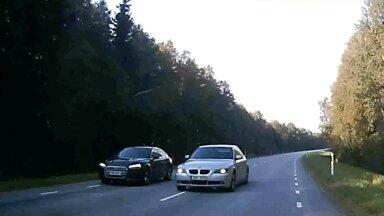LUGEJA VIDEO | Napp pääsemine! BMW ohtlik möödasõit võinuks lõppeda traagiliselt