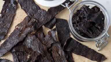 RETSEPT   Tänane jalgpalli vaatamise snäkk tee ise: vinnutatud liha ehk beef jerky