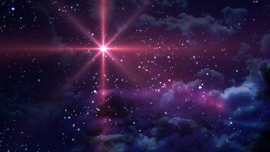 """HARULDANE SÜNDMUS! Jupiter ja Saturn moodustavad talvisel pööripäeval taevas """"jõulutähe"""""""
