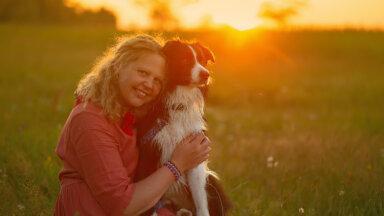 Äge Eesti naine! Klienditeenindajana töötav Anu unistab suurelt: varsti võiks avada Kihnu esimese moeateljee