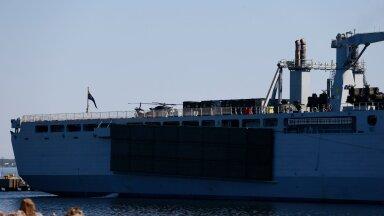 FOTOD   Mis toimub? Tallinna sadamas seisab Briti mereväe laev