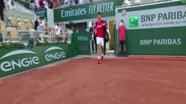 REUTERSI VIDEO   Gigantide lahingu Novak Djokovic - Rafael Nadal tipphetked French Openi poolfinaalist