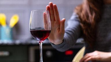 Alkohoolikust sõltuvusnõustajaks: üks raskemaid asju on endale tunnistada, et olen alkohoolik