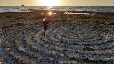 LAEVAVRAKI RAND: täis Küprose kivist ilu.