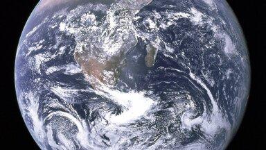 """1972. aastast pärinev kuulus ülesvõte """"The Blue Marble"""" ehk """"Sinine marmorkuul"""" (Foto: Wikimedia Commons / NASA)"""