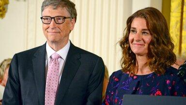 LÄBI: Melinda ja Bill Gates teatasid abielulahutusest. See pilt on tehtud nende ühel tähtsamal ja edukamal hetkel, kui president Barack Obama autasustas neid Vabaduse medaliga.