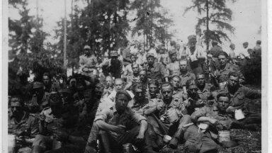 Soomepoisid Jalgala laagris 1943.a. I pataljon lasketiirul Jalgalas 1943