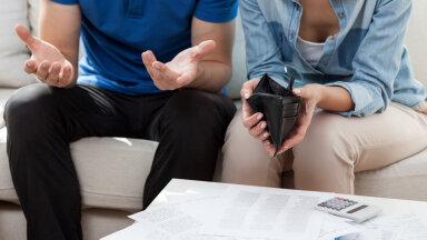 Raha jälle otsas? Rahalise vabaduse ekspert jagab nippi, kuidas tulusid jaotada