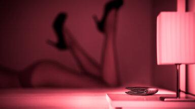 Seksitöötajad jagavad kõige südantlõhestavamaid kliendikogemusi: hoia ja kiiguta mind, kuni ma nutan