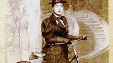 ANNIE LONDON-DERRY: Riias sündinud juuditari tegelik nimi oli Anna Cohen-Kopchovsky. Foto aastat 1896.