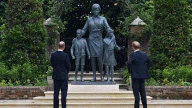Уильям и Гарри открыли памятник принцессе Диане. Поможет ли монумент их помирить?