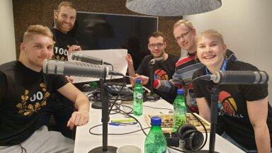Fotol: Renee Teppan, Andres Toobal, Karl Rinaldo, Asko Esna ja Kertu Laak 100. saate lindistusel.