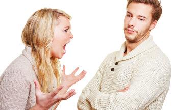 Naine käratab: mehed, kas te arvate, et me tahame näägutada? Käed-jalad on teil küljes, äkki rakendaksite neid?