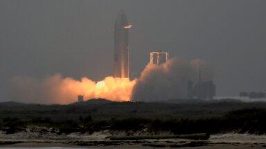 VIDEO | Elon Muski hiiglaslik kosmoselaev Starship tegi esimese eduka lennu