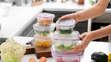 NIPP   Lihtne nõks, kuidas plastikkarpidest halba lõhna ja jonnakaid toiduplekke eemaldada