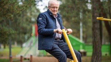 VORMIS! Fotograaf meelitas dr Vahisalu võimlema. Patsiendid kiidavad lisaks tohtri teadmistele ka tema huumori-meelt.