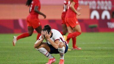USA jalgpallikoondis kaotusevalus.
