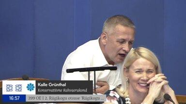 VIDEO   Riigikogus läks külahuumoriks: las ma peksan segast, aga mida sa, Jürgen, peksad seal kraanikausi juures?