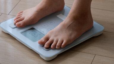 Kilod muudkui kogunevad? Siin on toitumisharjumused, mis tõstavadki su kaalu!