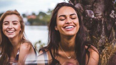 Säravvalge naeratus on väärtuslik ehe.