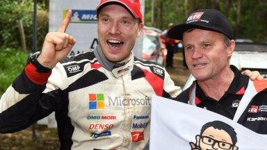 Jari-Matti Latvala (vasakul) koos Tommi Mäkineniga.