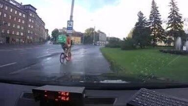 VIDEO | Kuidas mitte sõita jalgrattaga