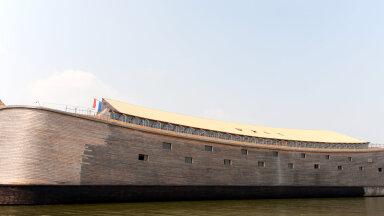В Великобритании арестовали копию Ноева ковчега длиной более 70 метров