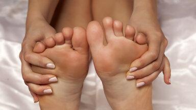 Kitsas king või podagra? Jalavalude tekkimisel ära viivita - kiire reageerimine ja ravi taastavad tervise