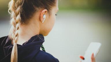 Poe klienditeenindajal oli lihtne teha selgeks, et tegemist ei ole neilt pärit kõrvaklappidega