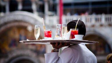 Pahane külastaja värsketest restoranikogemustest: maksta keskpärase toidu ja kohutava teeninduse eest hingehinda? Väga ei raatsi...