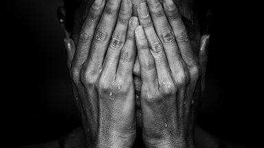 """""""See ei saa olla võimalik"""" ehk mis aitavad leinajal valu ja kaotusega edasi elada?"""