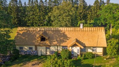 Riik jagab taluhoonete katuste taastamiseks toetusraha