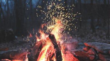 Приметы: почему весной принято сжигать хлам и выбрасывать мусор