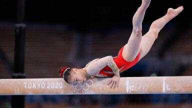 Guan Chenchen tõi Hiinale kuldmedali sportvõimlemises.