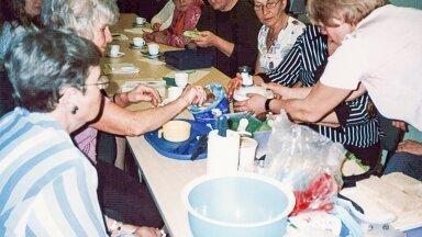 Toiduteemalistele õppepäevadele kutsuti spetsialiste rääkima põnevatest toiduainetest ja toiduvalmistuviisidest, kohapeal sai teha lihtsamaid salateid, võileibu, torte.