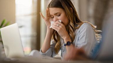 Hetkel vaadatakse nuuskamisele ja aevastamisele viltu, aga nina võib tilkuda ka muudel põhjustel