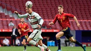Diego Llorente ja Cristiano Ronaldo 4. juunil Hispaania - Portugali sõprusmängus.