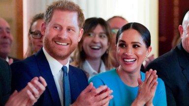 Briti kuningakoda: Harry ja Meghan ei küsinud kuningannalt luba tema nime kasutamiseks